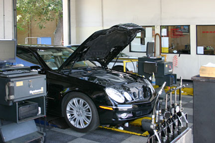 luxury cars get serviced